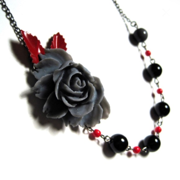 Romantic Rose Handmade Vintage Style Necklace